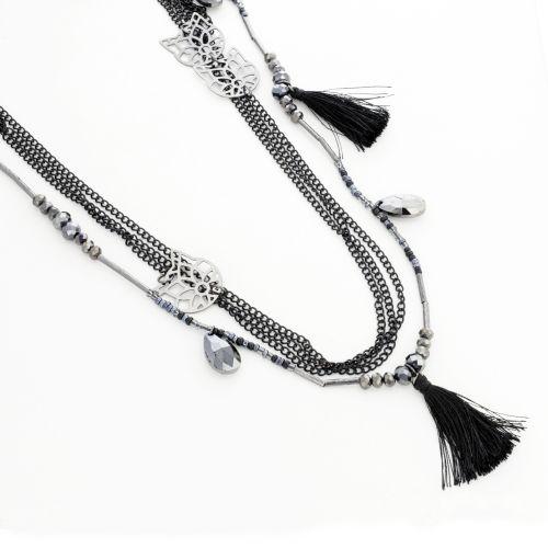 Collier noir perles de rocaille et pompon