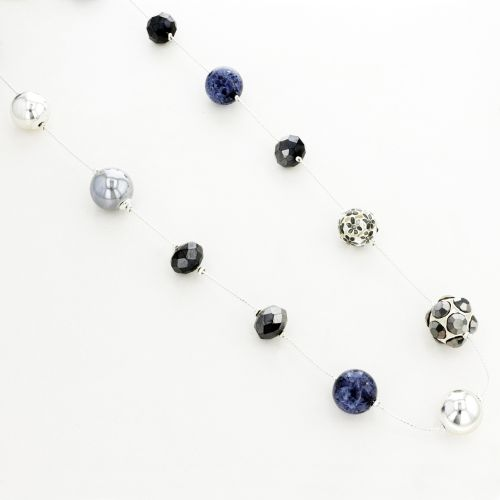 Collier multi perles grises et fleuries